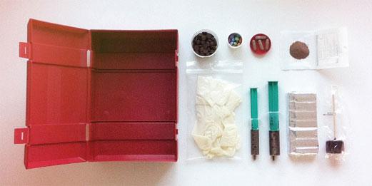 Design_Humour_Emergency-choco-kit